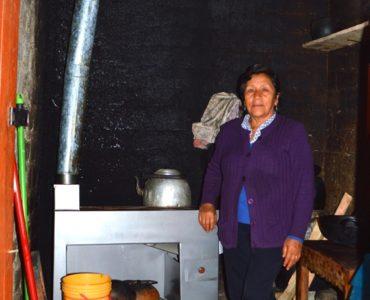 """Cooperativa de ahorro y crédito Rondesa lanza crédito """"Mi cocina"""" para venta de cocinas mejoradas en Cajamarca"""